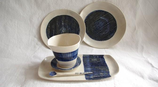 Conjunto taza y platos