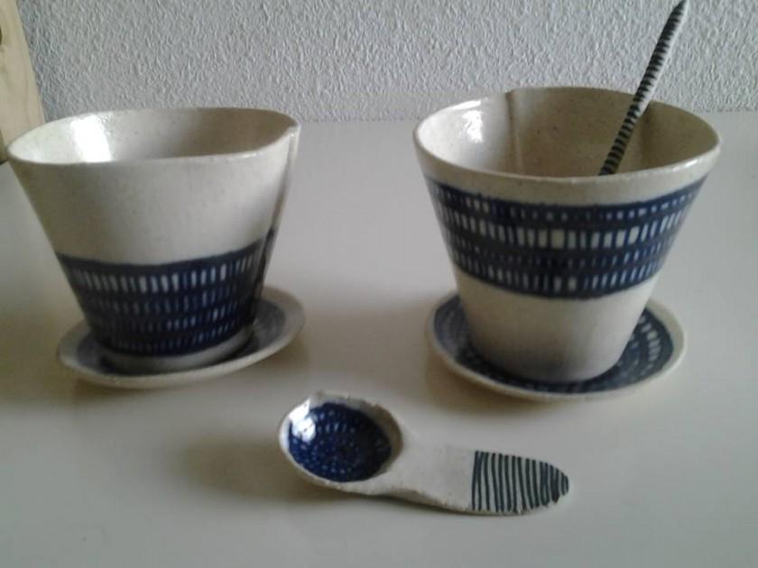 Conjunto tazas y cucharita